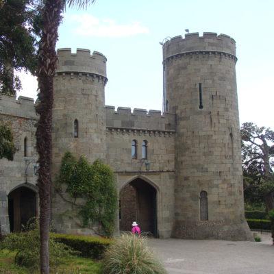 Западный фасад Алупкинского дворца