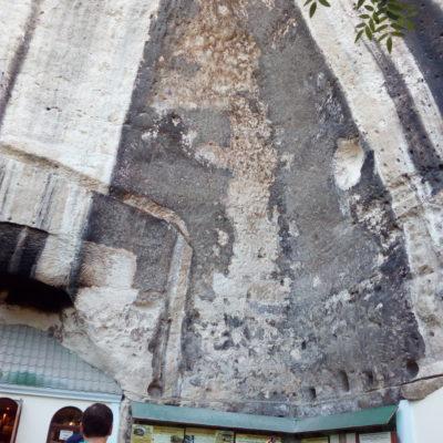 Изображение на стене Инкерманского монастыря