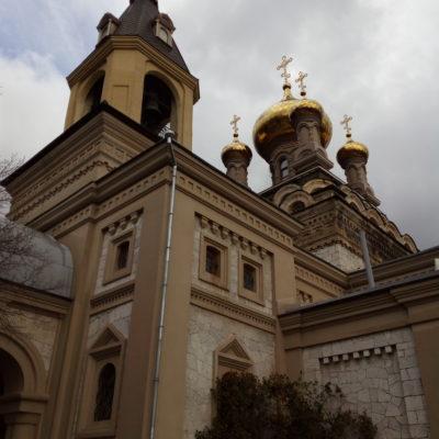 Храм архистратига Михаила в Алупке