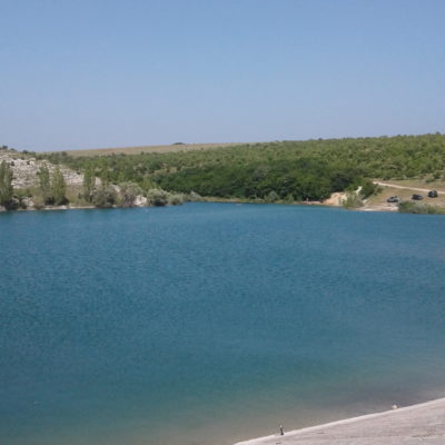 Озеро в Юго-Западном Крыму