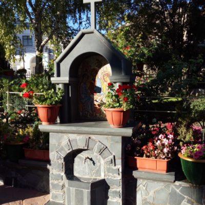 Территория Троицкого монастыря