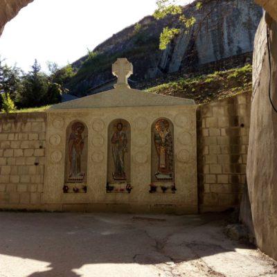 Вход в Инкерманский монастырь