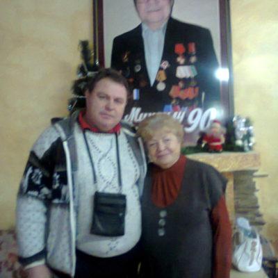 С женой М. Пуговкина