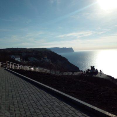 Вид на море с территории Фиолентовского монастыря