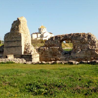 Оборонительные стены Херсонеса